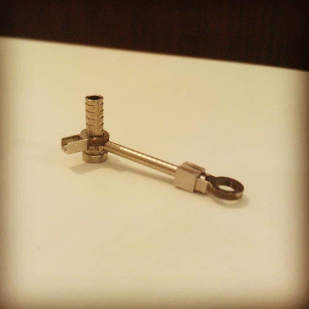Prototipo in acciaio chirurgico